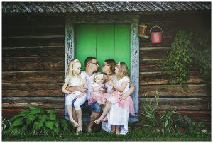 Ühe pere mees ja tema neli naist